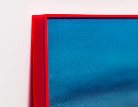 Rahmen aus Neon-Plexiglas