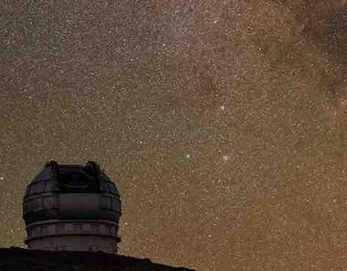 Closeup of night sky photo artwork by Babek Tafreshi
