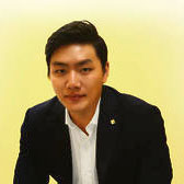Sang-Woo Hahn, Gallery director